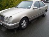 Mercedes Benz E класс ...............